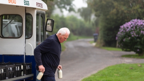 Michael Bulling the Milkman-0223